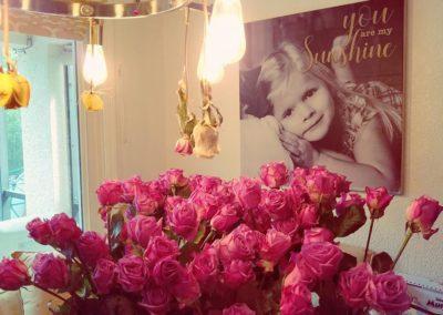 scarletts-sunshine-lavendar-roses